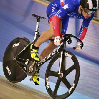 Matt Baranoski racing the Keirin